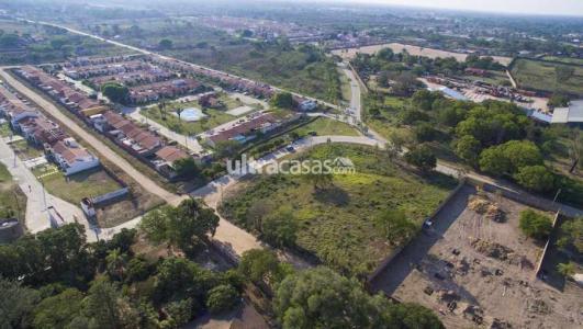 Terreno en Venta HERMOSO TERRENO ZONA COLEGIO CAMBRIGE Foto 3