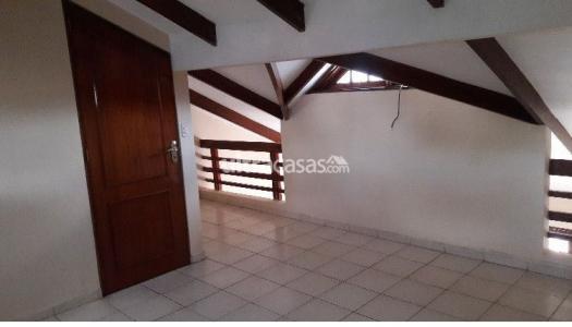 Casa en Venta Calle Rio Moreno, a una cuadra y media de Feria exposicion 3er anillo externo Foto 3