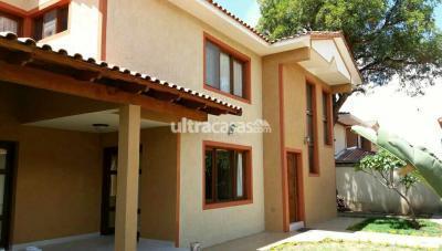 Casa en Alquiler en Cochabamba Sarco América y Juan de la rosa