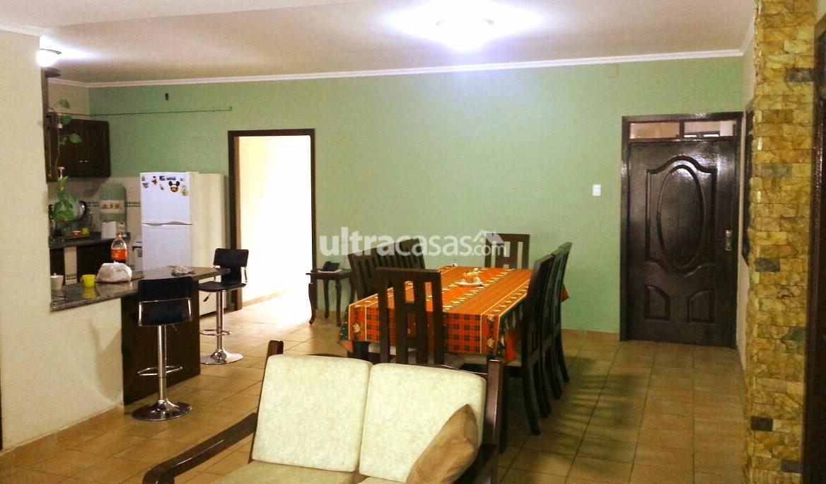 Casa en Venta Avenida Radial 26 4to y 5to anillo Foto 3