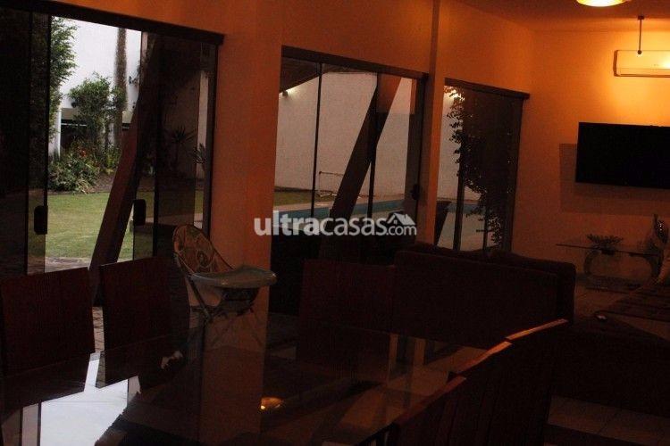 Casa en Venta Calle Andres Ibañes casi esquina España Foto 4