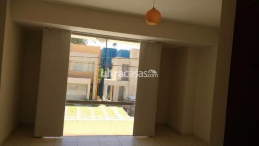 Casa en Venta HERMOSA CASA DE DOS PLANTAS EN CONDOMINIO!! Foto 1