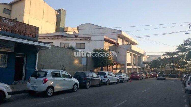 Casa en Venta Calle Andres Ibañes casi esquina España Foto 3