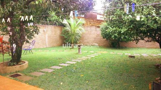Casa en Venta Avenida Radial 26 4to y 5to anillo Foto 1