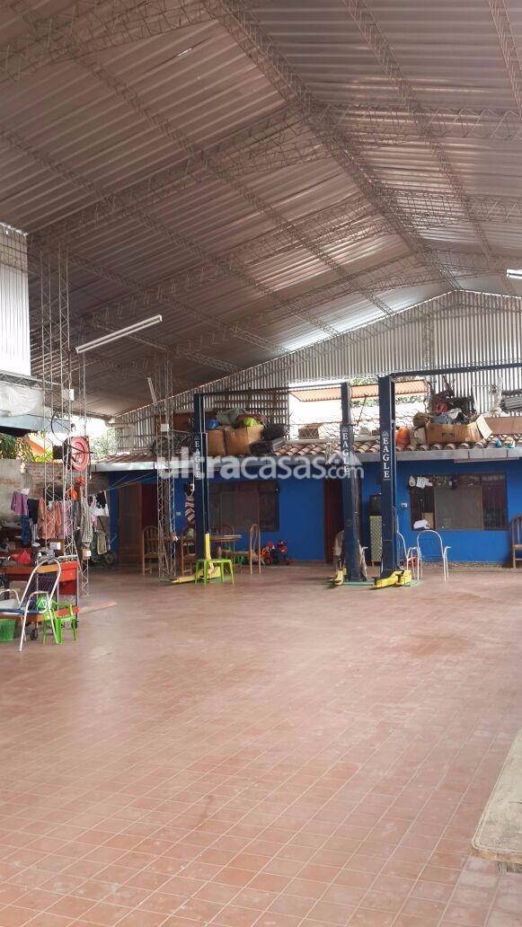 Barrio bolinter entrando por la av montecristo cuatro for Galp oficina online