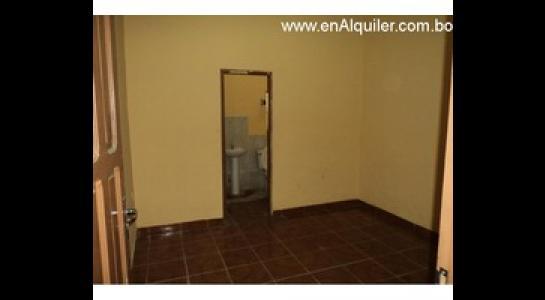 Casa en Alquiler Av. Mutualista 3er anillo externo Foto 1