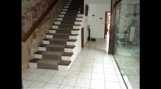 Casa en Alquiler Av. Melchor Pinto y 2do anillo. Foto 1