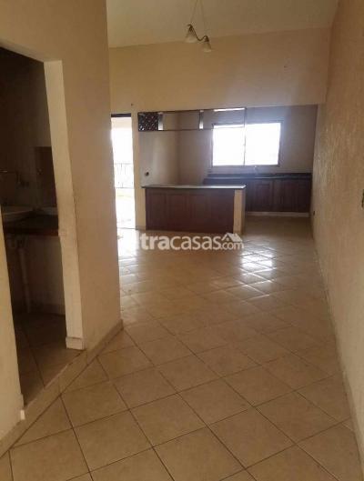 Casa en Alquiler en Santa Cruz de la Sierra Entre 3er y 4to anillo Este CASA EN ALQUILER - AV. PARAGUA ENTRE 3ER Y 4TO ANILLO
