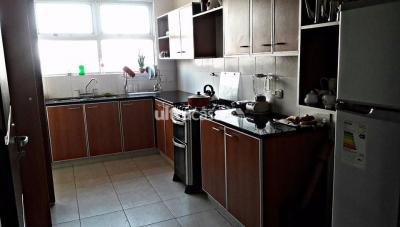Habitación en Alquiler en Santa Cruz de la Sierra Entre 3er y 4to anillo Norte SOBRE AV BANZER 3 ANILLO INTERNO
