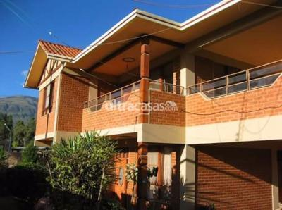 Casa en Venta en Cochabamba Condebamba CHALET EN VENTA EN CHIQUICOLLO - ZONA  OESTE  SOBRE  1.030m2 DE SUP.