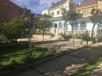 Casa en Venta Bonita casa, amplio jardín con árboles frutales, terreno 540m2 ideal para construcción. Foto 5