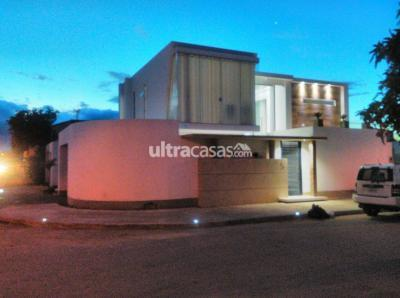 Casa en Venta en Santa Cruz de la Sierra 2do Anillo Oeste CASA DE 2 PLANTAS EN VENTA ZONA ESCUADRON VELASCO $250.000