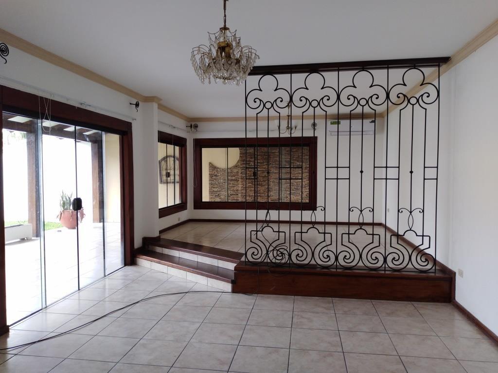 Casa en Alquiler ALQUILO LINDA CASA EN BARRIO PETROLERO SUR (POLANCO) Foto 3
