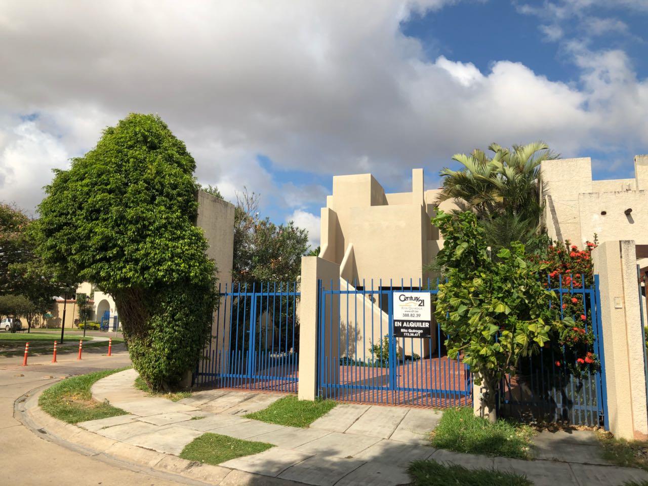 Casa en Alquiler CASA EN ALQUILER, URBANIZACIÓN LA HACIENDA I, ENTRE AV. BENI Y BANZER 5TO ANILLO Foto 1