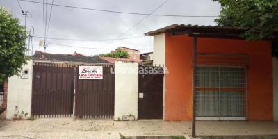 Casa en Venta en Santa Cruz de la Sierra 2do Anillo Este ENTRE AV. MUTUALISTA Y AV. PARAGUA (2DO. Y 3ER. ANILLO)