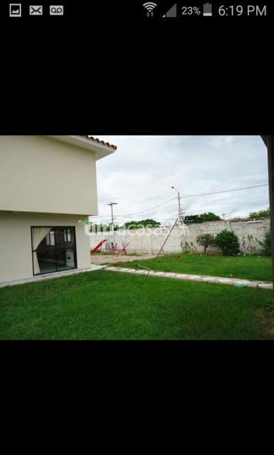 Casa en Venta en Santa Cruz de la Sierra 6to Anillo Sur 6to anillo trillo Urbanizacion palma real calle 3 #10