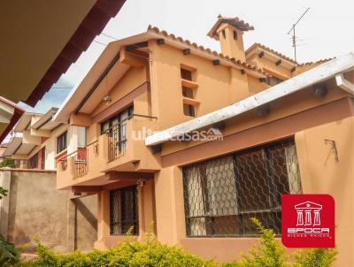 Casa en Venta en Cochabamba Muyurina De 504m², cerca inmed. UNIVERSIDAD CATOLICA