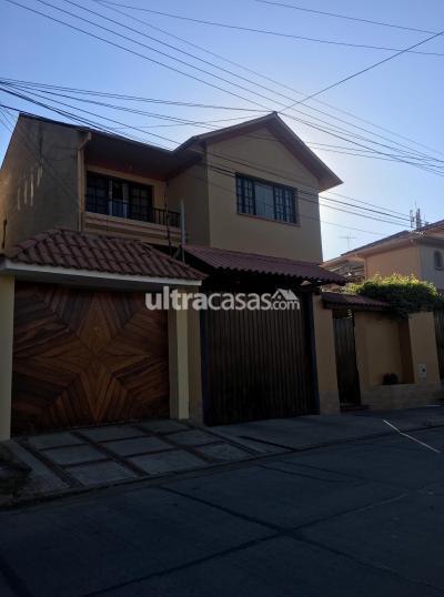 Casa en Venta en Cochabamba Tupuraya Calle Las Dalias