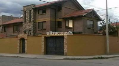 Casa en Venta en Cochabamba Cala Cala PROXIMO PARQUE ACUSTICO