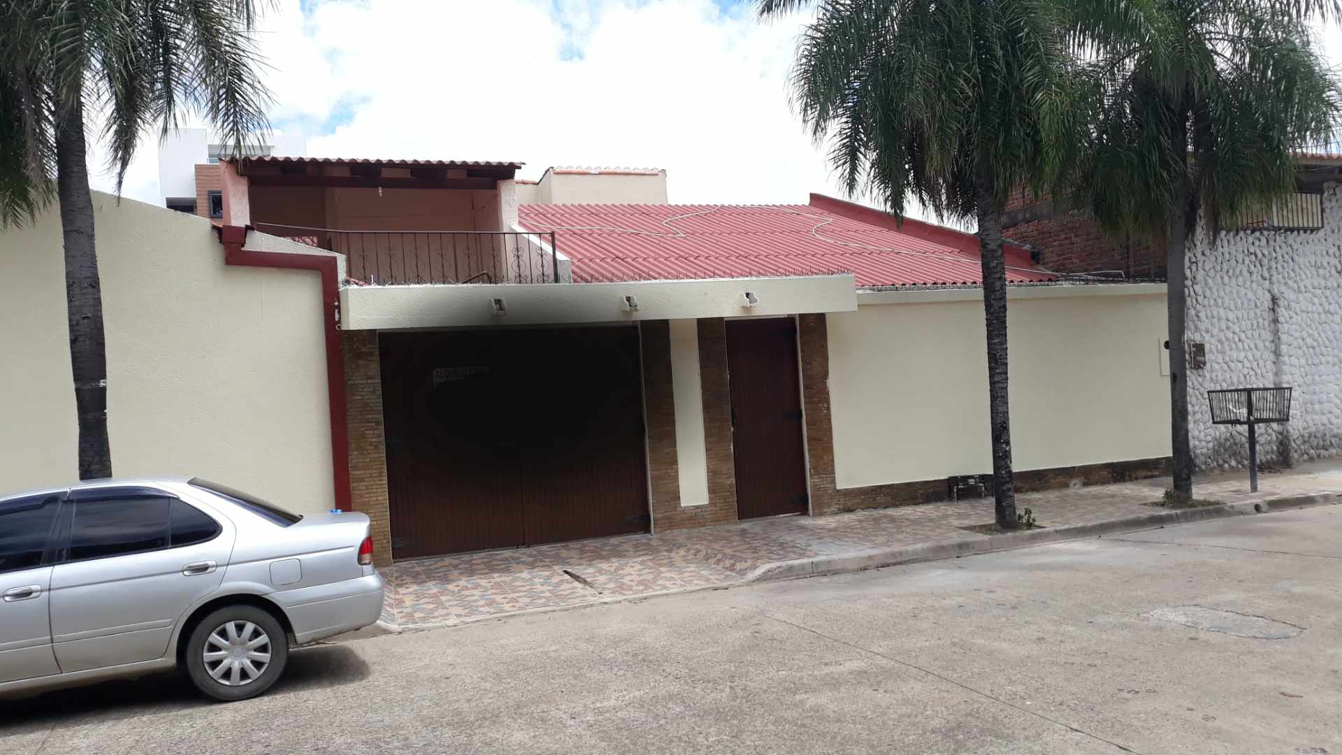 Casa en Alquiler Av. roca y coronado 2do y 3er anillo Foto 1