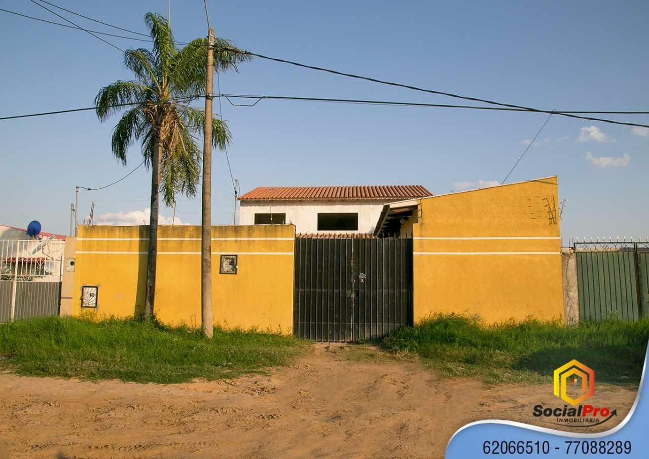 Casa en Venta URB. EL PALMAR CALLE 3 ENTRE 7MO Y 8VO ANILLO ZONA ZUR Foto 1