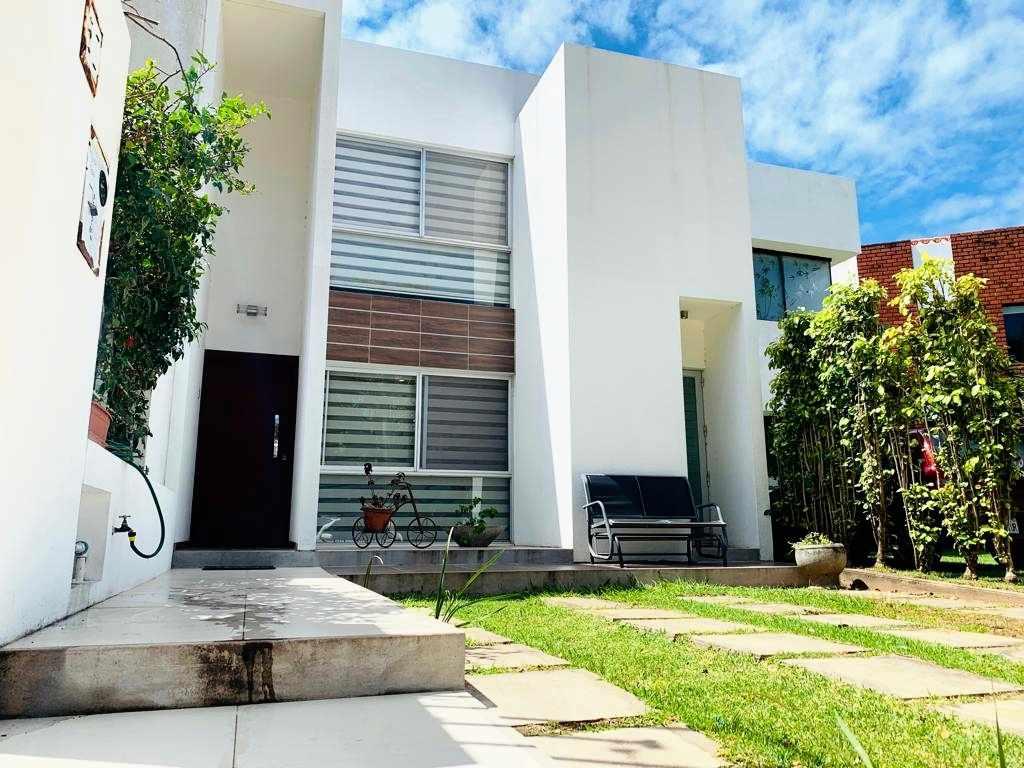 Casa en Venta Condominio cerrado 8vo. Anillo (El Remanzo) NUEVO  PRECIO  Foto 1
