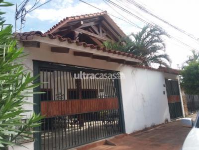 Casa en Venta en Santa Cruz de la Sierra 2do Anillo Norte CASA EN VENTA ENTRE 2DO Y 3ER ANILLO AV. MUTUALISTA
