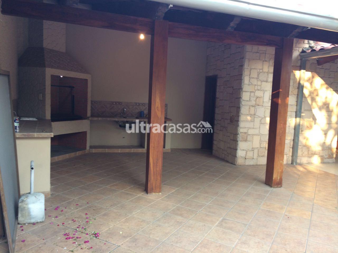 Casa en Venta BARRIO URBARI CASA EN VENTA Foto 5