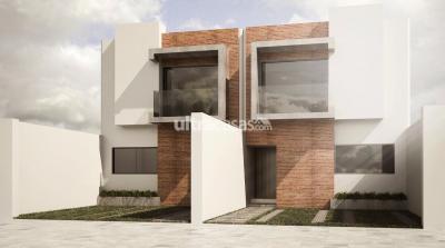 Casa en Venta en Santa Cruz de la Sierra 4to Anillo Norte CASAS A ESTRENAR CERCA AL VENTURA MALL
