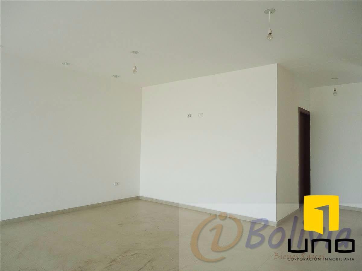 Casa en Venta Av. Banzer 3ro anillo externo Foto 15
