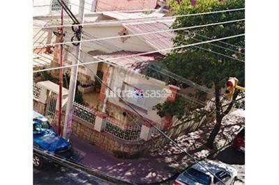 Casa en Alquiler en Tarija Las Panosas Calle 15 de Abril esq. Mendez