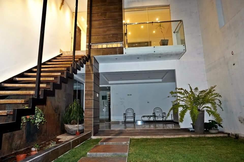 Casa en Venta AV. PIRAI ENTRE 4TO Y 5TO ANILLO Foto 16