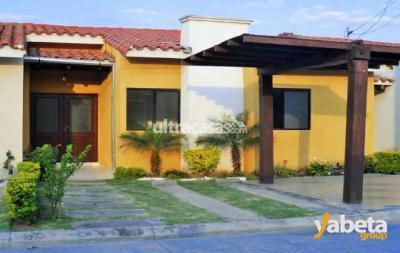 Casa en Venta en Santa Cruz de la Sierra Carretera Norte CONDOMINIO CASA CLUB NORTE