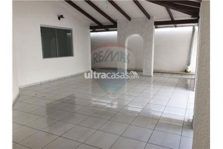 Casa en Alquiler Av. Banzer, 6to anillo, calle Claracuta Foto 5