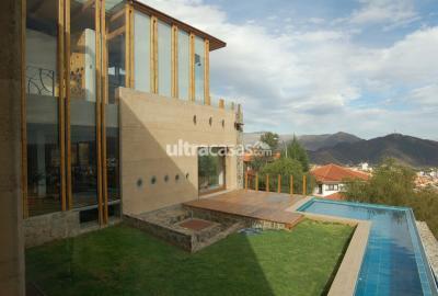 Casa en Venta en Cochabamba Aranjuez Urbanización