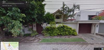 Casa en Alquiler en Santa Cruz de la Sierra 4to Anillo Sur CASA EN ALQUILER EN BARRIO LAS PALMAS