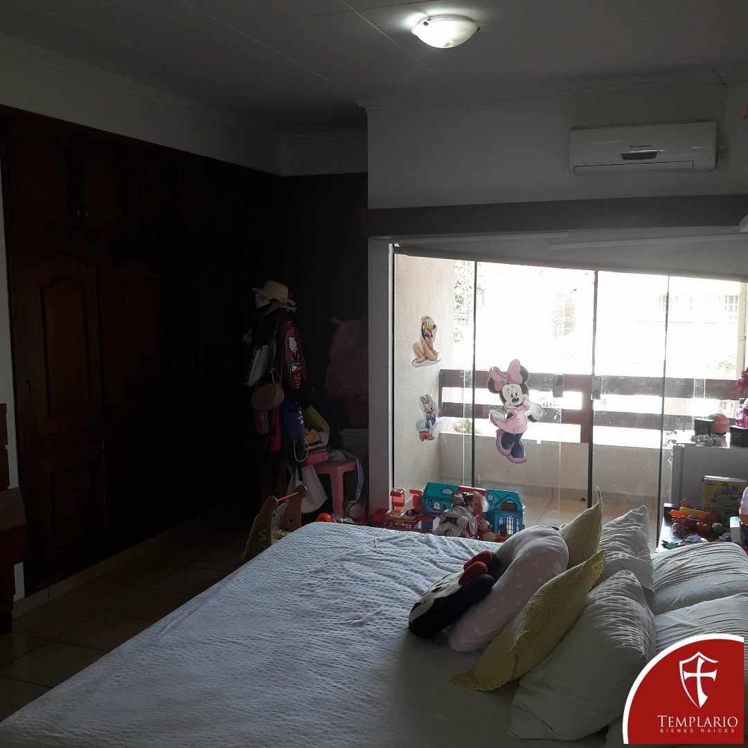 Casa en Venta Avenida Pirai 4° anillo Foto 8