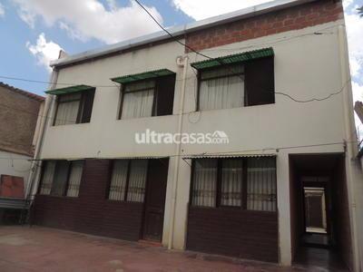 Casa en Venta en Cochabamba Hipódromo VENDO CASA DE DOS PLANTAS A MEDIA CUADRA DE LA AVENIDA PERÚ