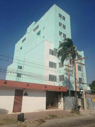 Departamento en Venta Calle 27 de Mayo casi Av. Viedma, frente a TIGO Foto 9
