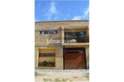 Casa en Venta en Santa Cruz de la Sierra 2do Anillo Oeste BARRIO JARDIN LATINO CALLE ARANJUEZ N110