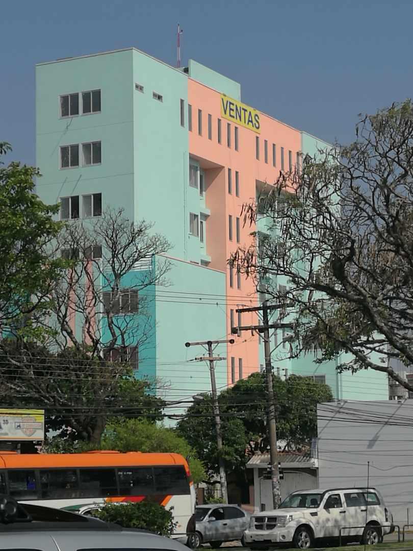 Departamento en Venta Calle 27 de Mayo casi Av. Viedma, frente a TIGO Foto 1