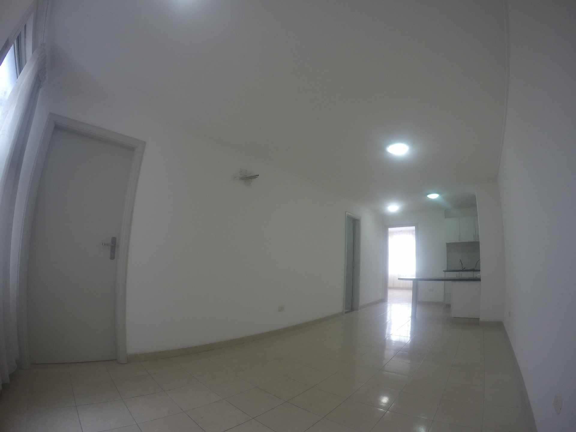 Departamento en Venta Condominio San Antonio [Av. Banzer 2do. y 3er. Anillo], De ocasión vendo departamento de 2 dormitorios sin parqueo. Foto 2