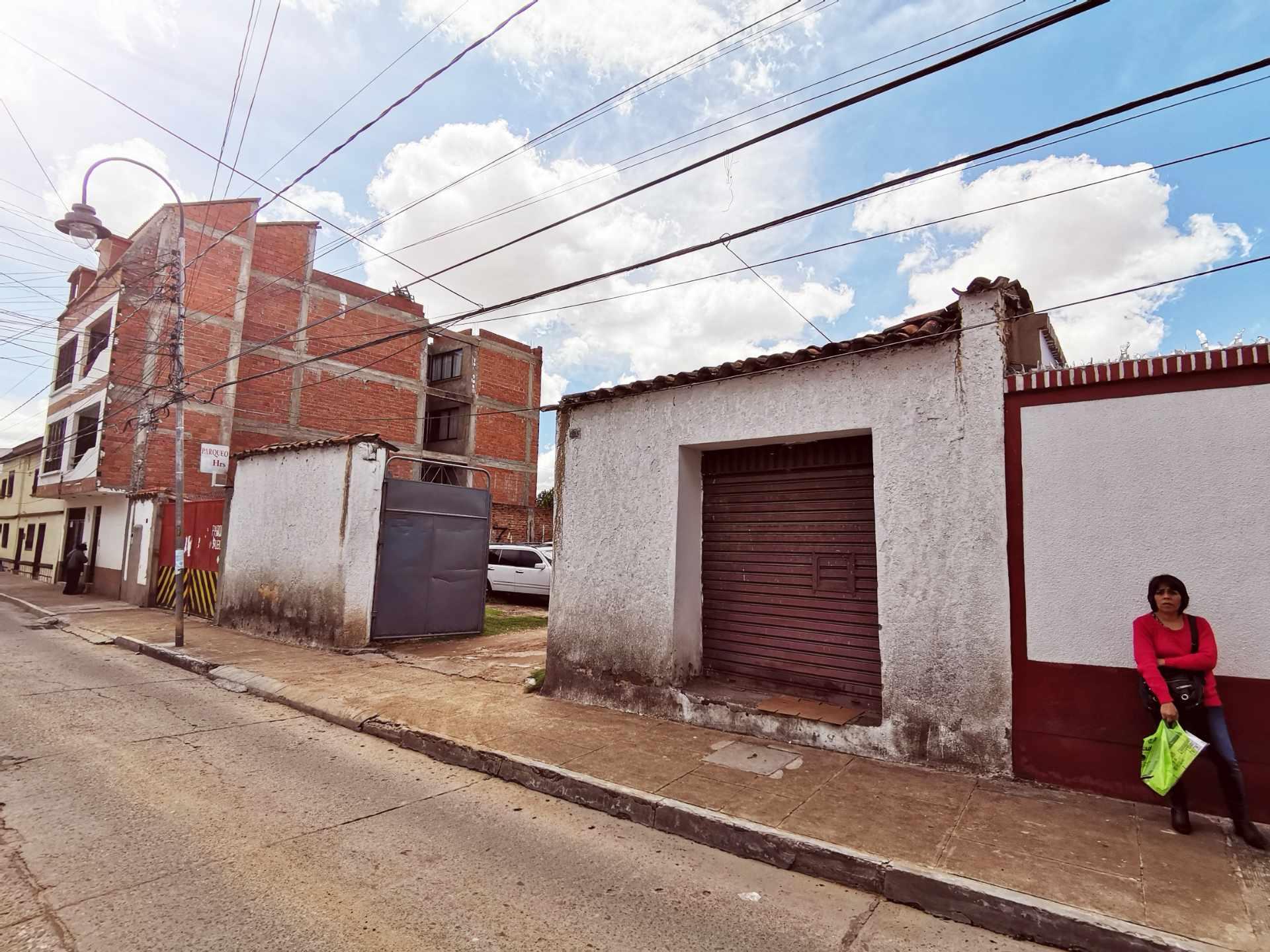 Terreno en Venta Zona Central. Calle Ayacucho nro. 437 Foto 1
