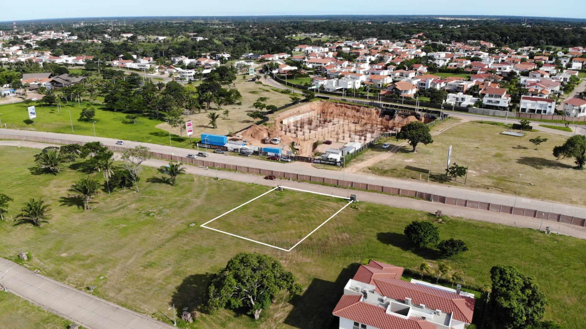 Terreno en Venta Zona Urubo, Condominio Colinas del Urubo Foto 1
