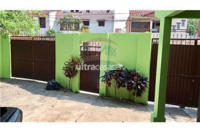 Casa en Venta en Santa Cruz de la Sierra 1er Anillo Norte Calle Santiago Ortiz