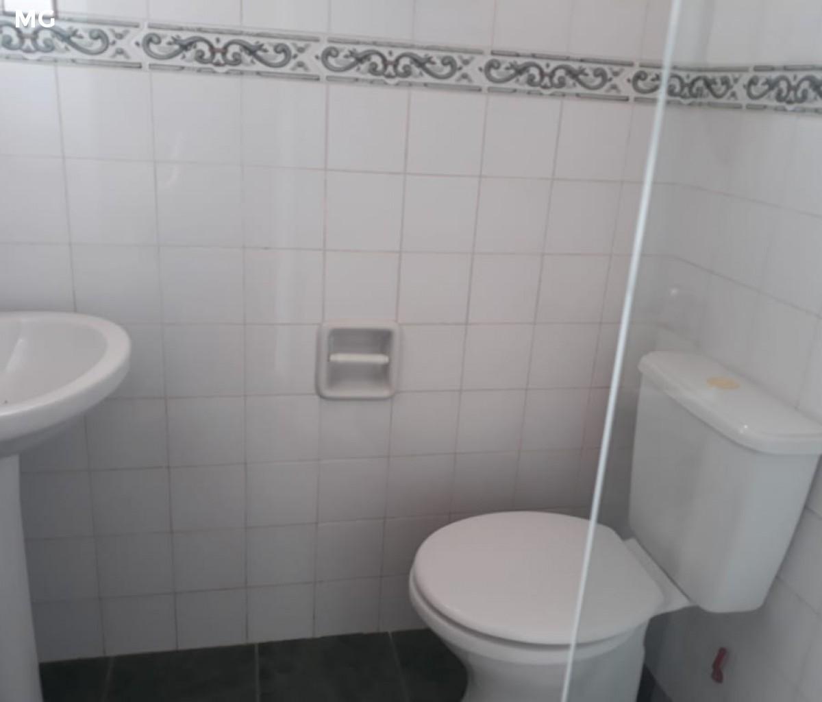 Casa en Alquiler Av. dorbigny y av. villa vicencio. Foto 2