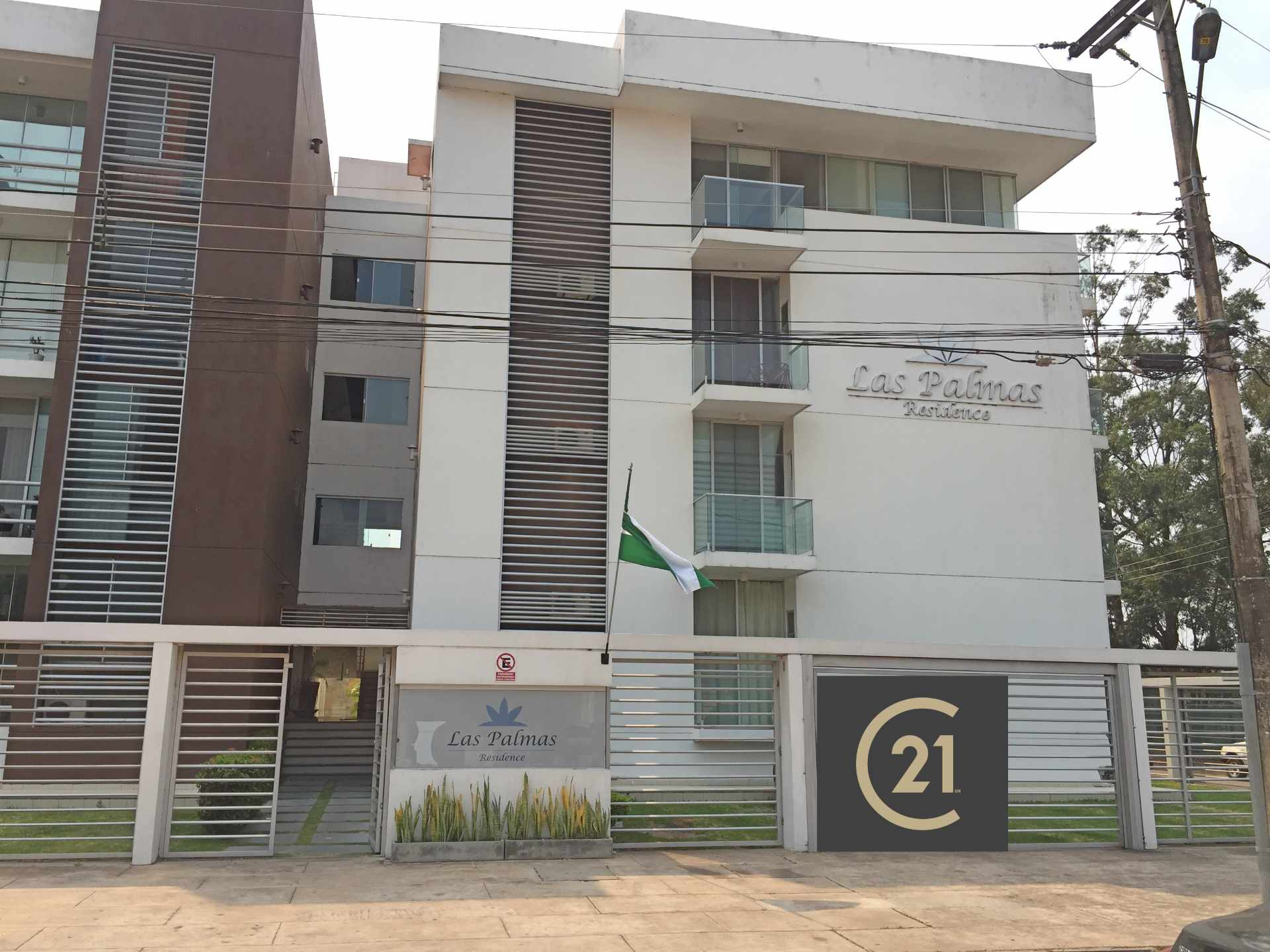 Departamento en Alquiler Calle Yaguarú, Condominio Las Palmas Residence Foto 1