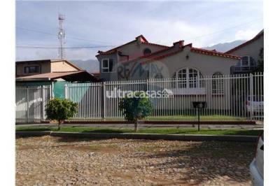 Casa en Venta en Cochabamba Sacaba URBANIZACION SIDUMS NORTE A