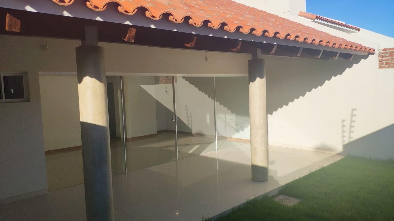 Casa en Alquiler Av Pirai entre 6to y 7mo anillo Foto 1