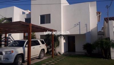 Casa en Venta en Santa Cruz de la Sierra 5to Anillo Norte Zona Norte 5to Anillo